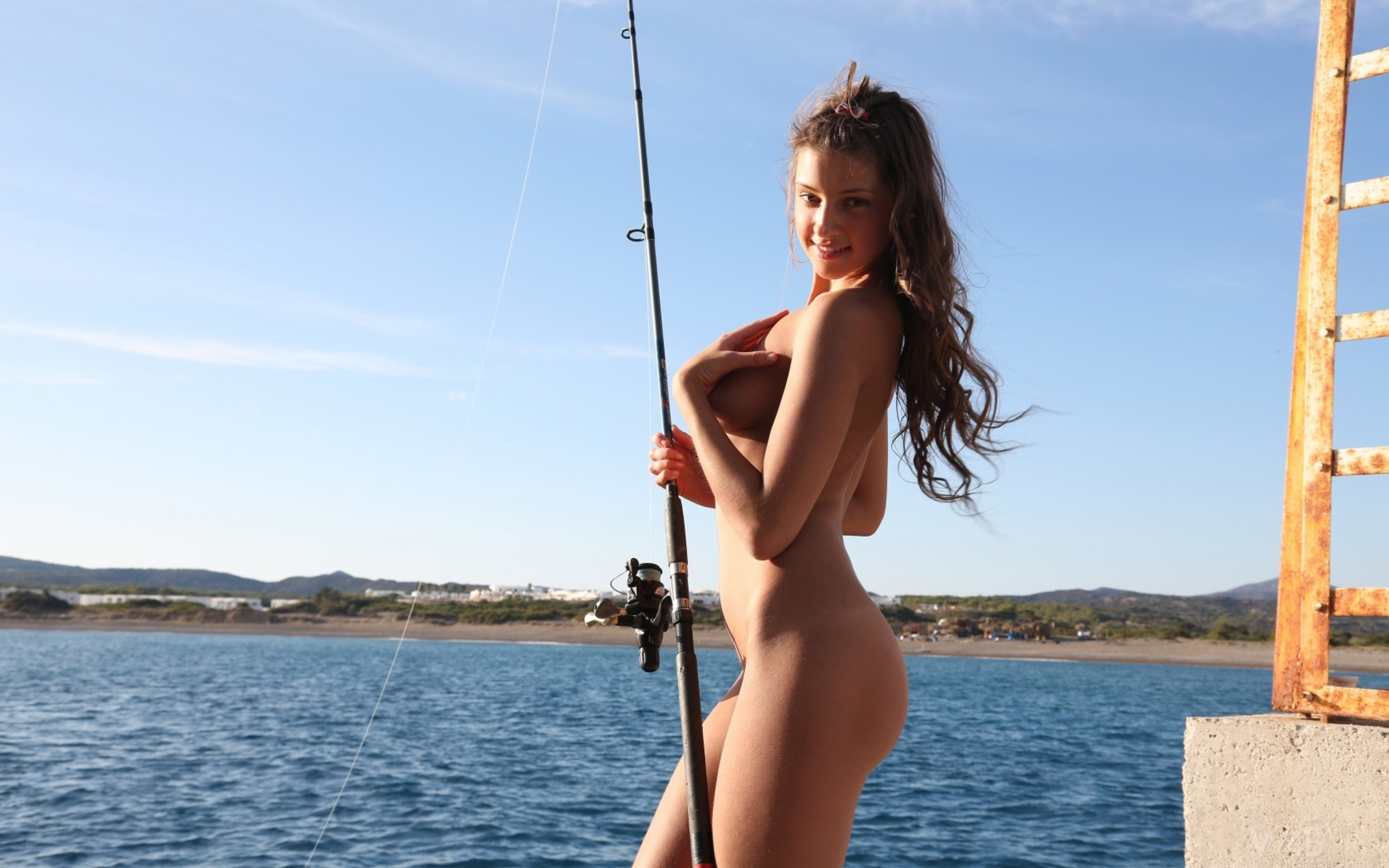 Pin on sexy women fishing