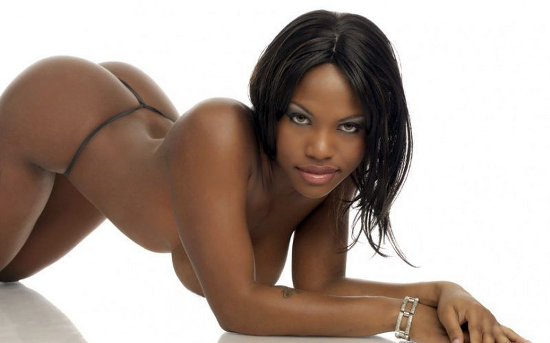 ebony-erotic-models