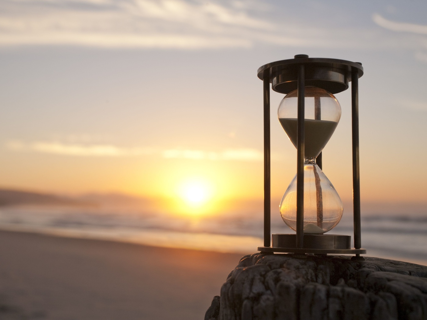 life within the hourglass essay Overcoming challenges in life essay challenge paper - 932 words everybody in their life has faced a challenge, whether it is a big challenge or a small one you still have to work hard in order to overcome it.