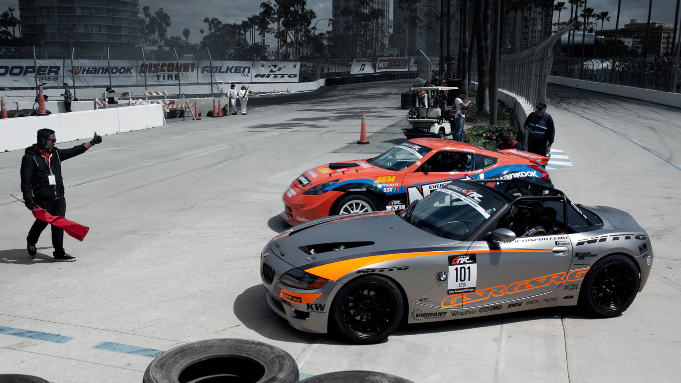long beach 2011, nissan 370z vs. bmw z4, formula drift