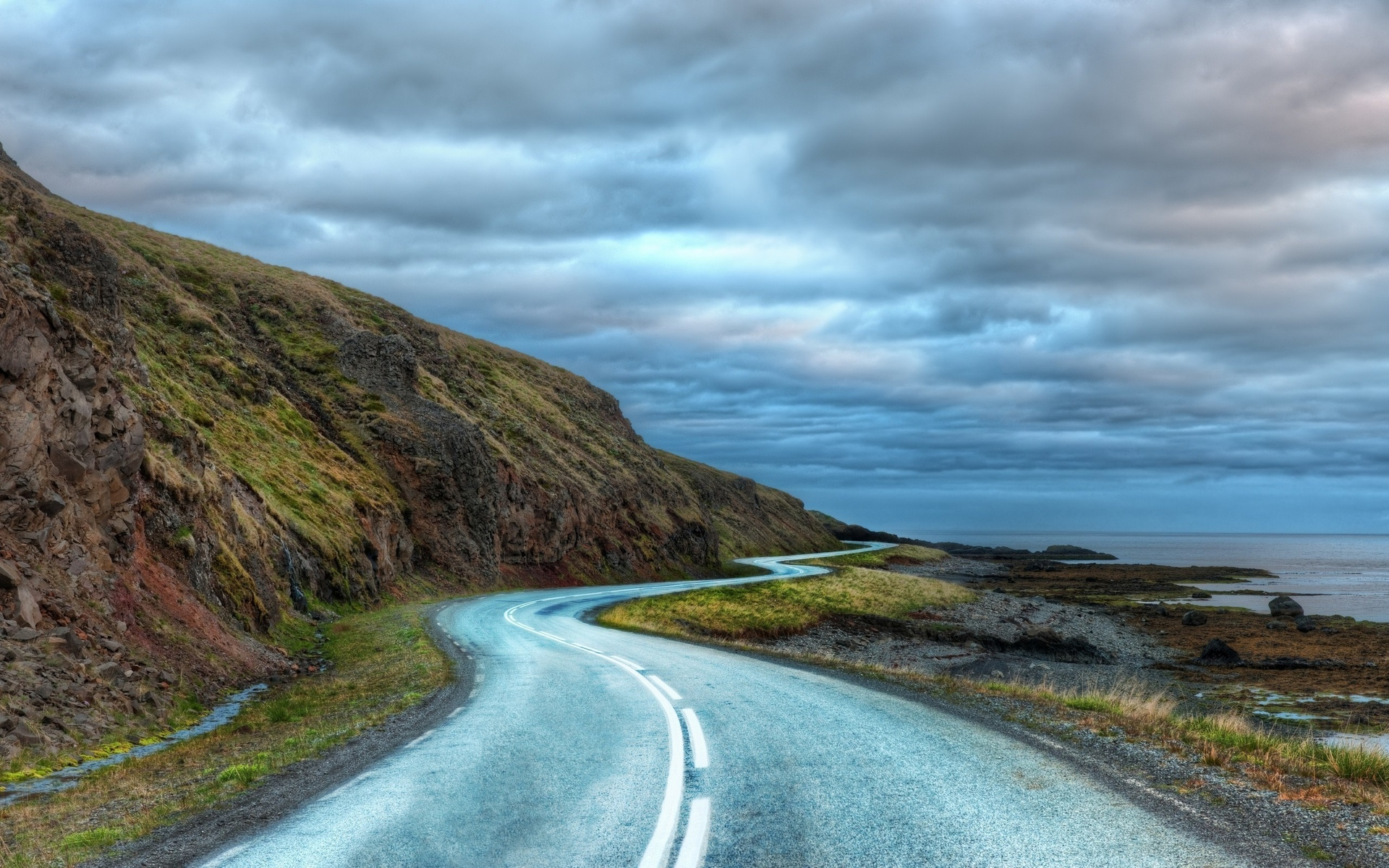 дорога, облака, the long curvy road around iceland