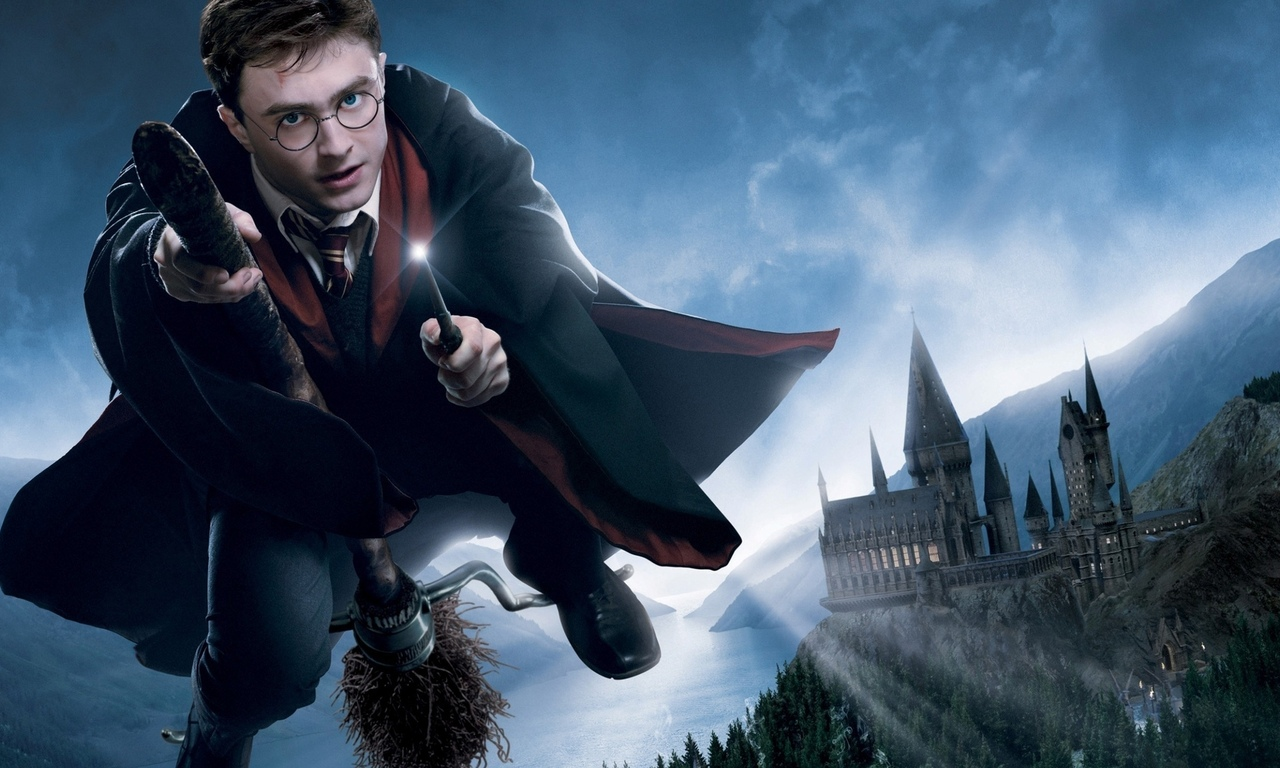 палочка, метла, harry potter and the order of the phoenix, гарри поттер и орден феникса, hogwarts, хогвартс, полёт, harry potter 5, daniel radcliffe