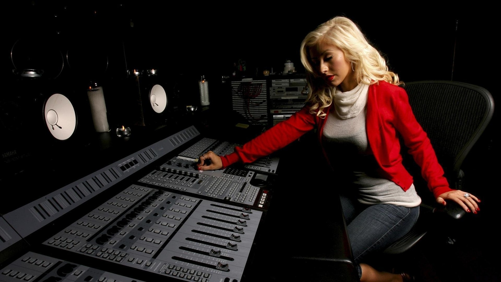 aguilera, music, song, blonde