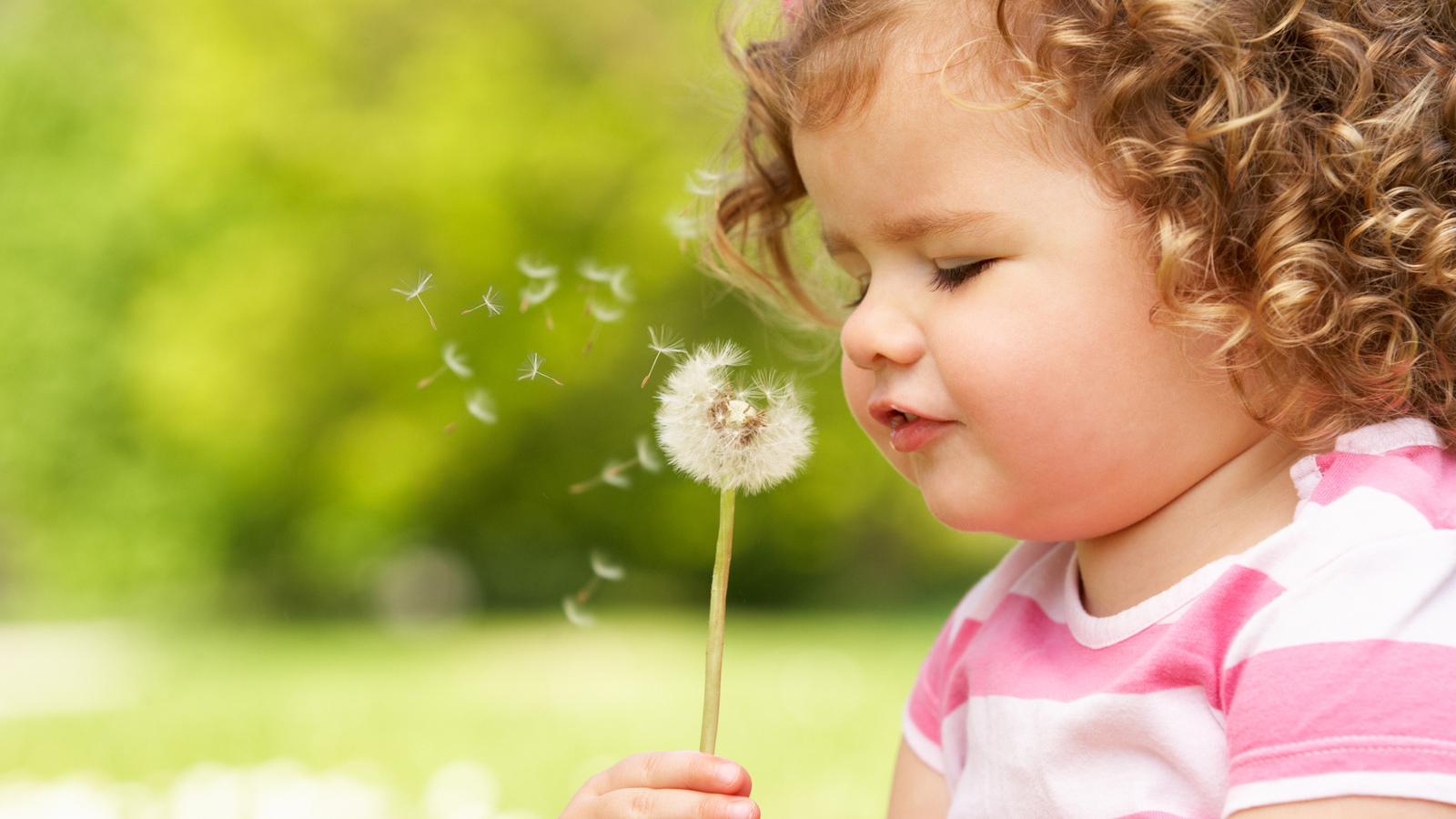 beautiful, child, happiness, mode, cute, little girl, flower, spring, joy, children, flower
