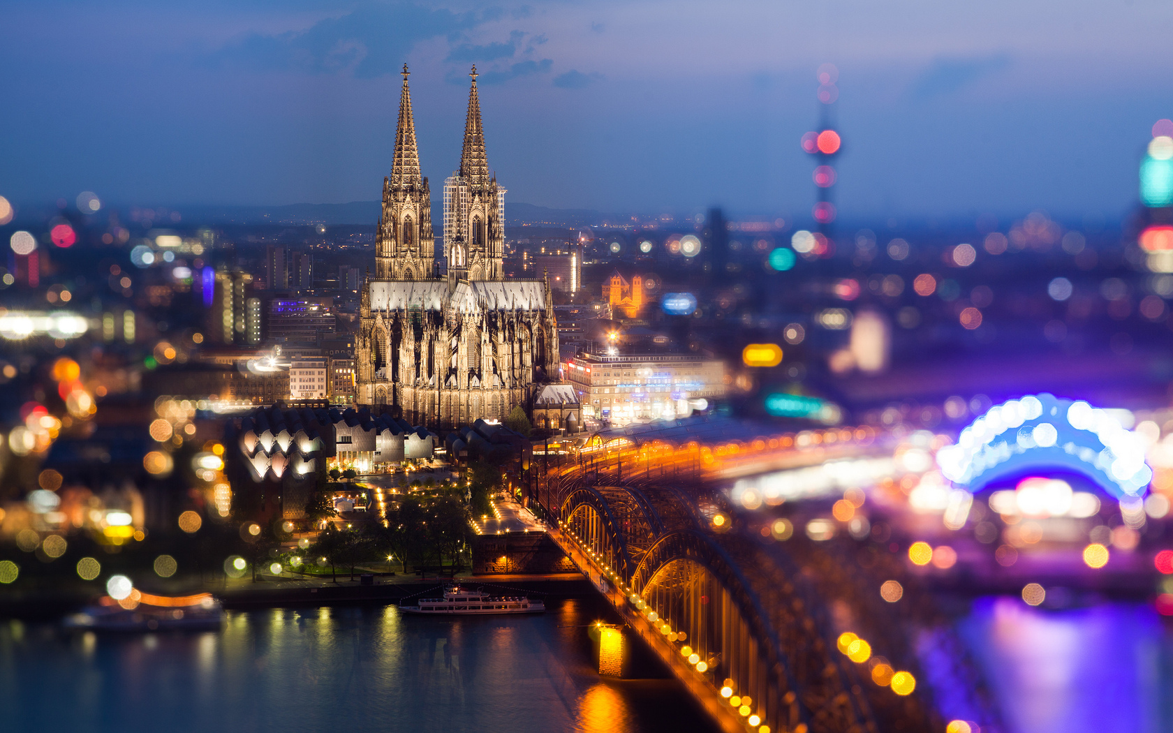 cologne-germany-at-night-midwest-having-lesbian