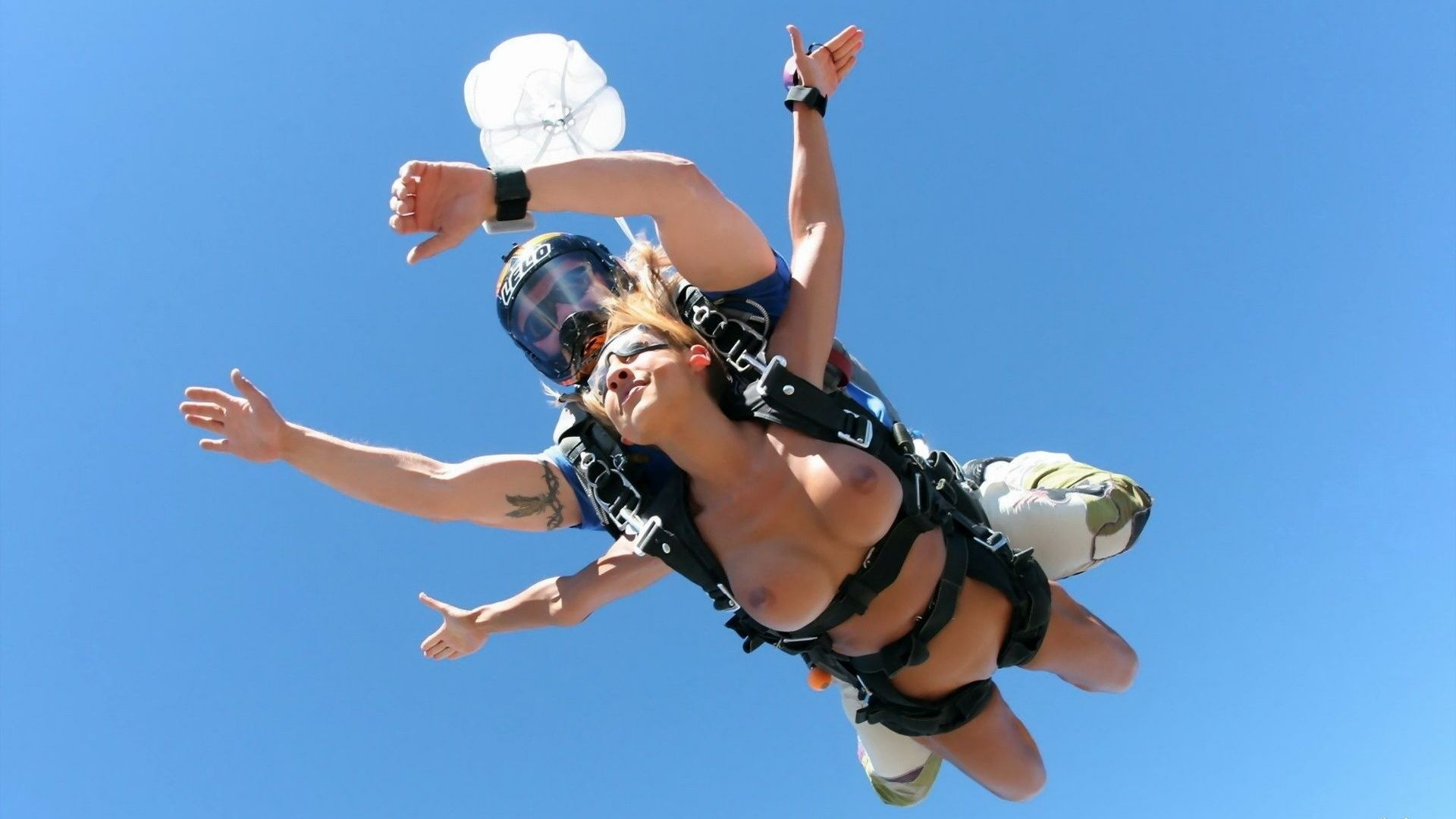 Naked girls skydiving galleries, granny in leather and stockings