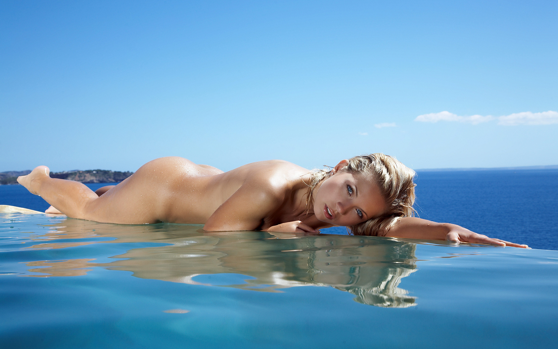 это признанием эротичное на пляже у моря быть