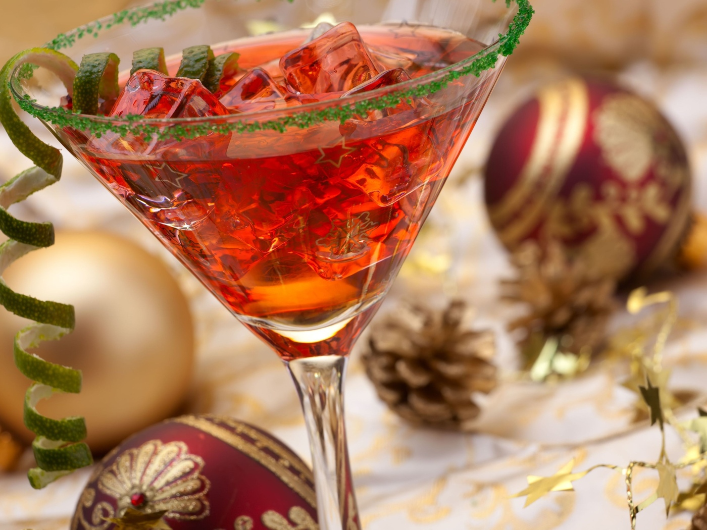 balls, cocktail, happy new year, merry christmas, holiday, ice, drink, christmas decoration
