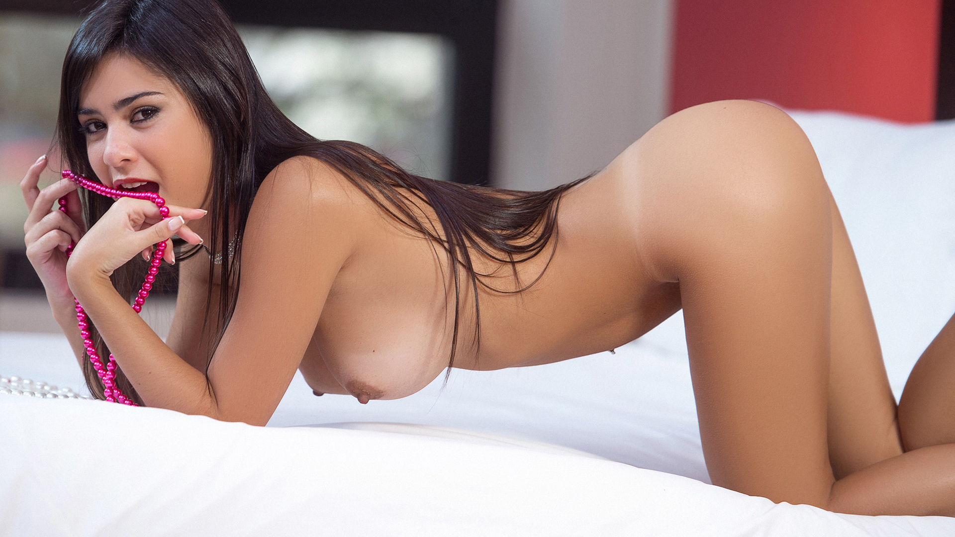 babes-sexstationtv-naked