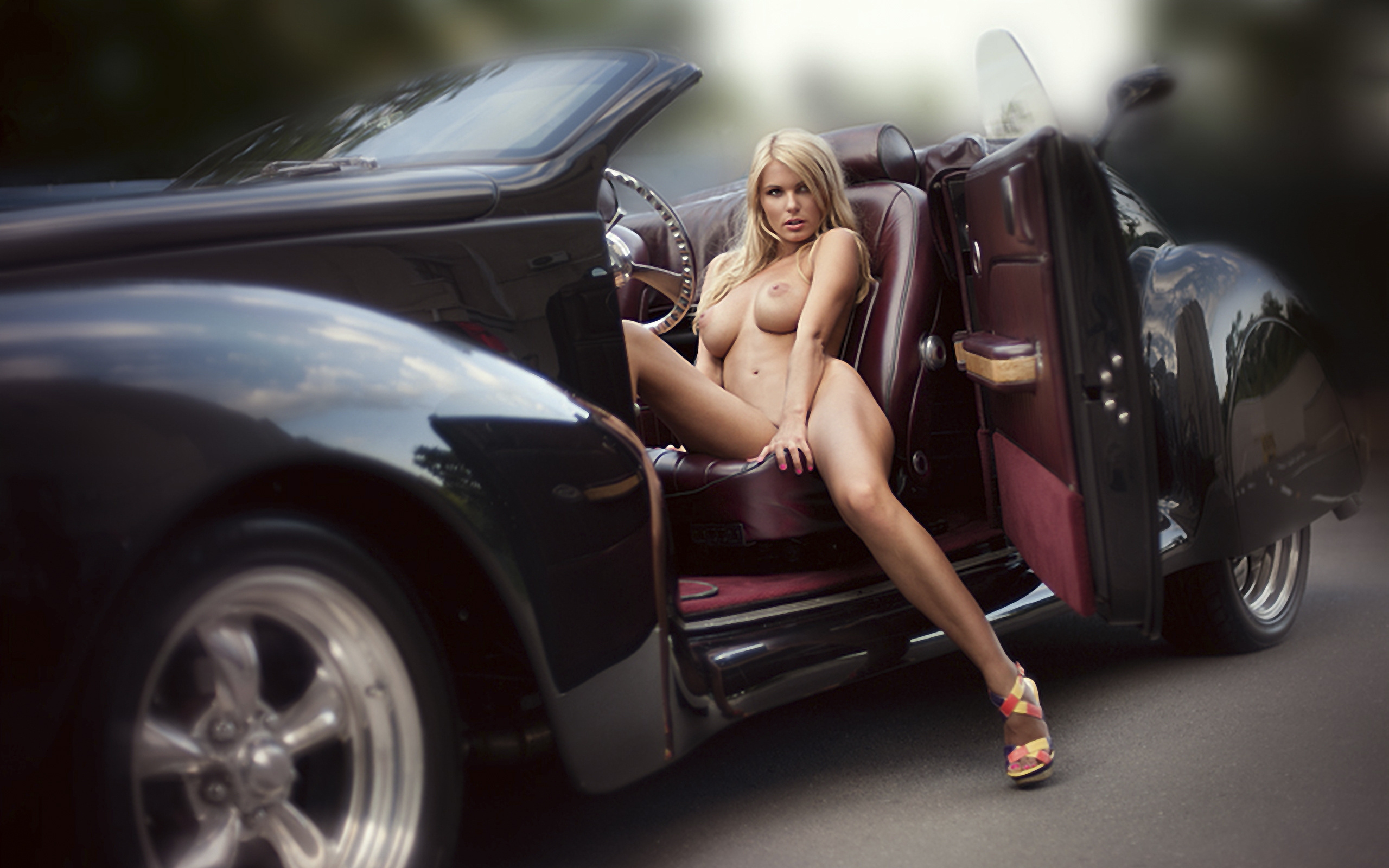 porsche-and-nude-girls-ass-girl