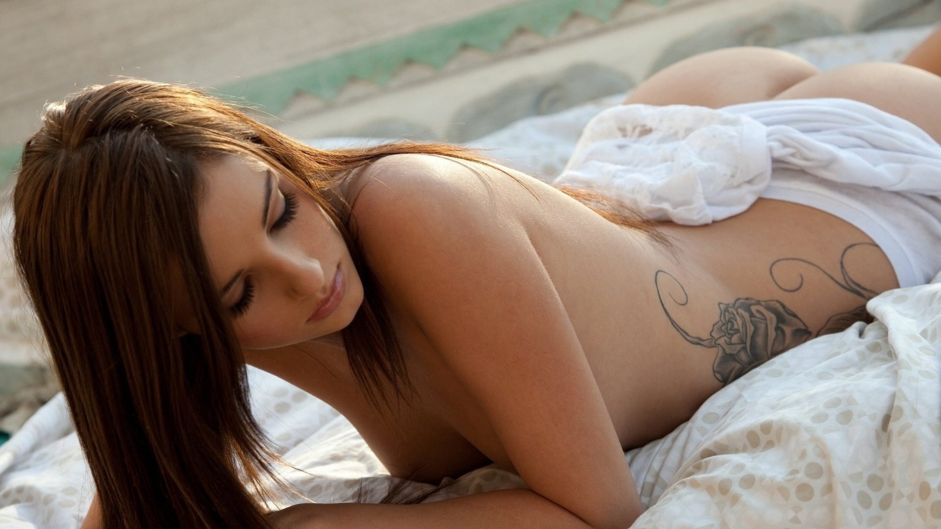 Naughty amateur wives naked