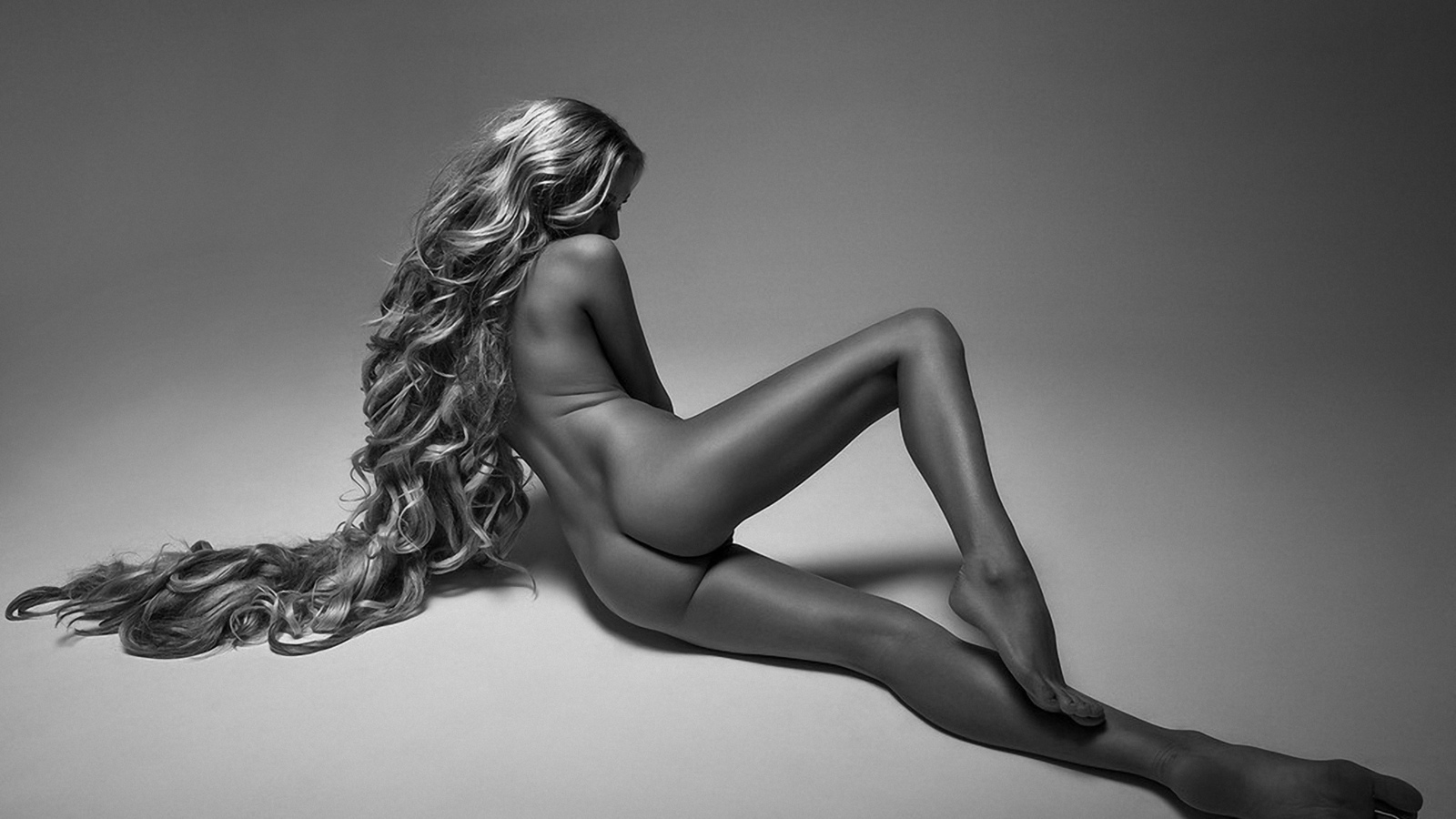 Nudes Black and White Photography -