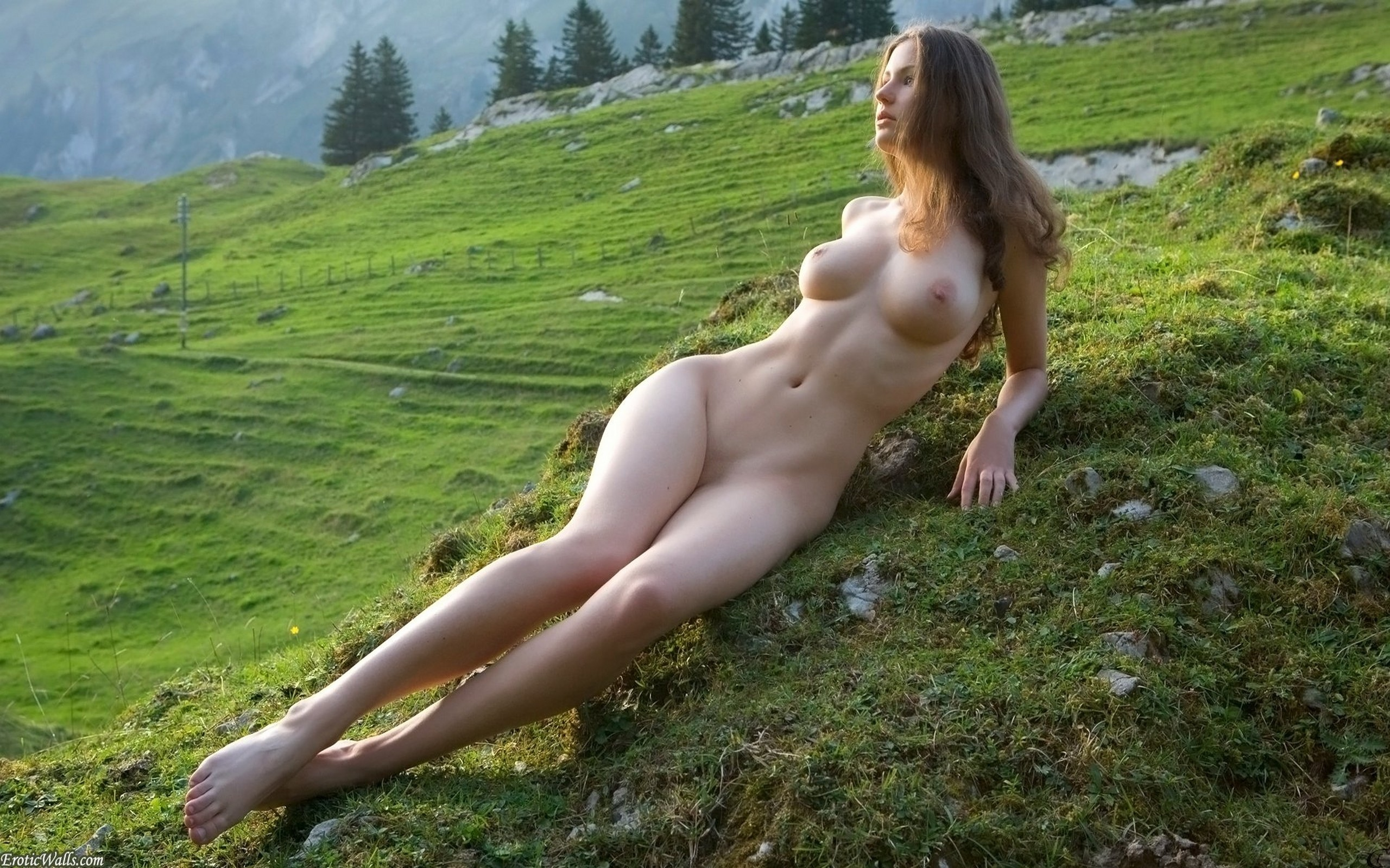 naked-mountain-beauties