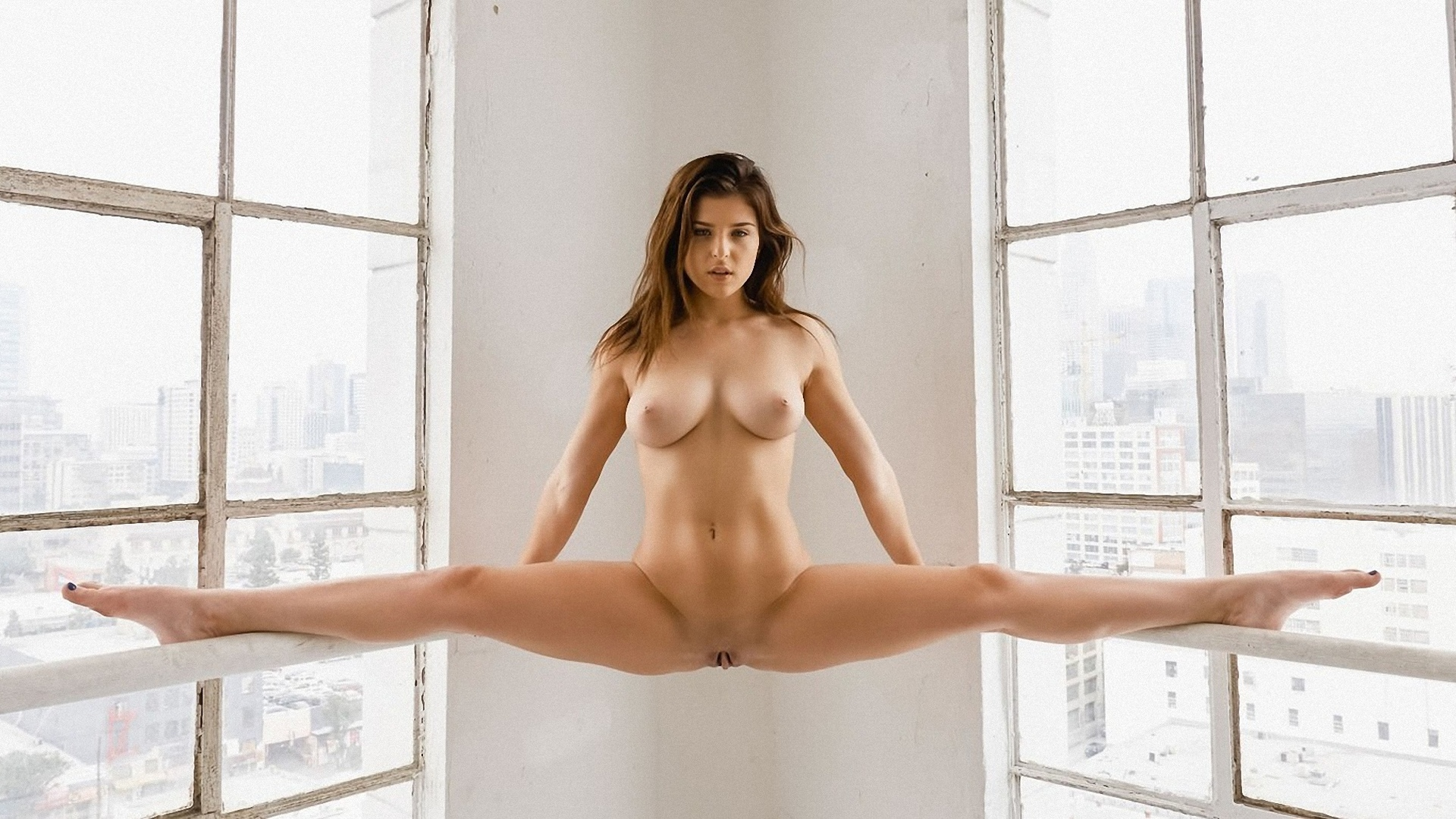 Splits naked, tall female sex pics