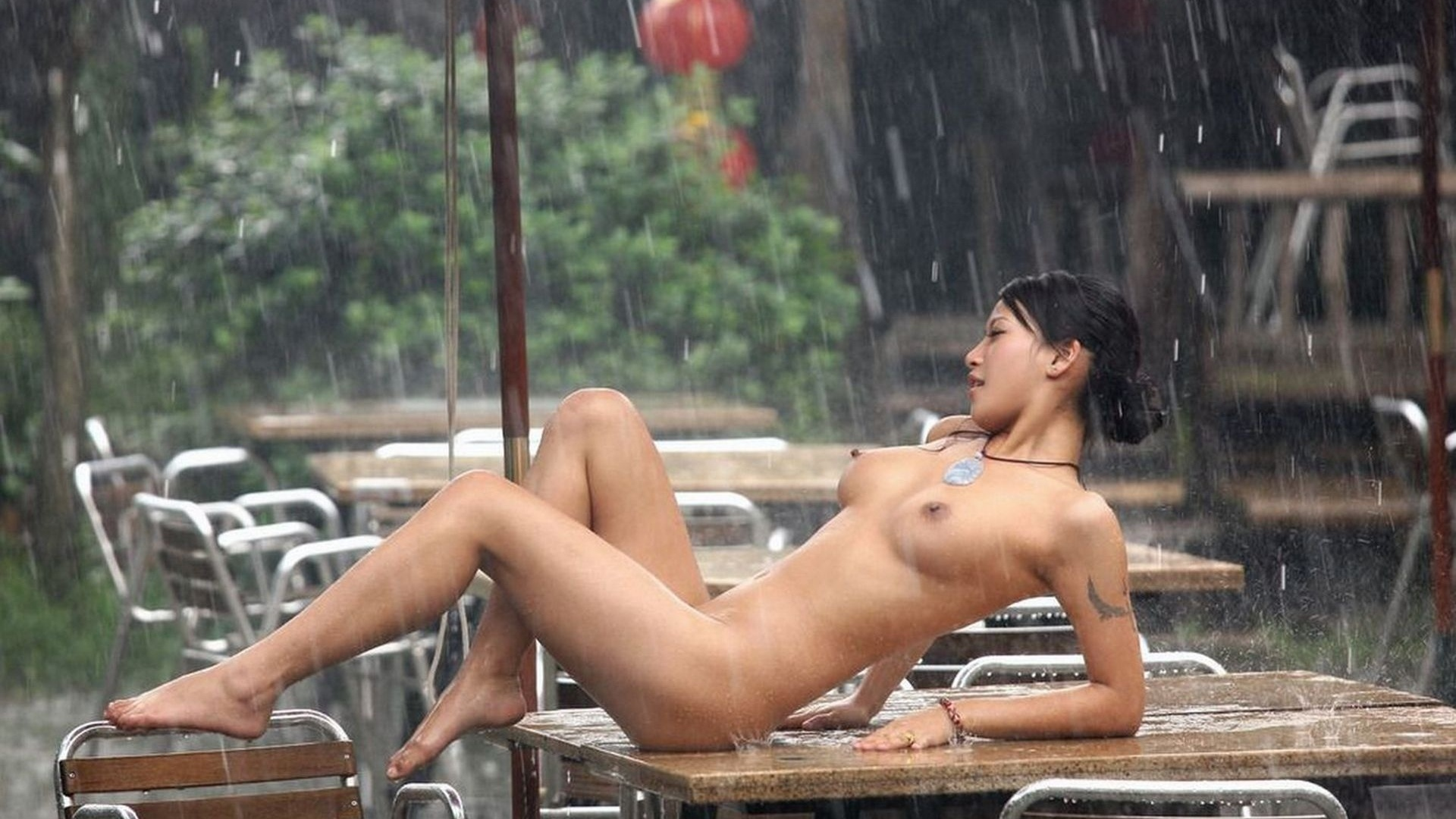 Sexy sexy nude girl in the rain anal