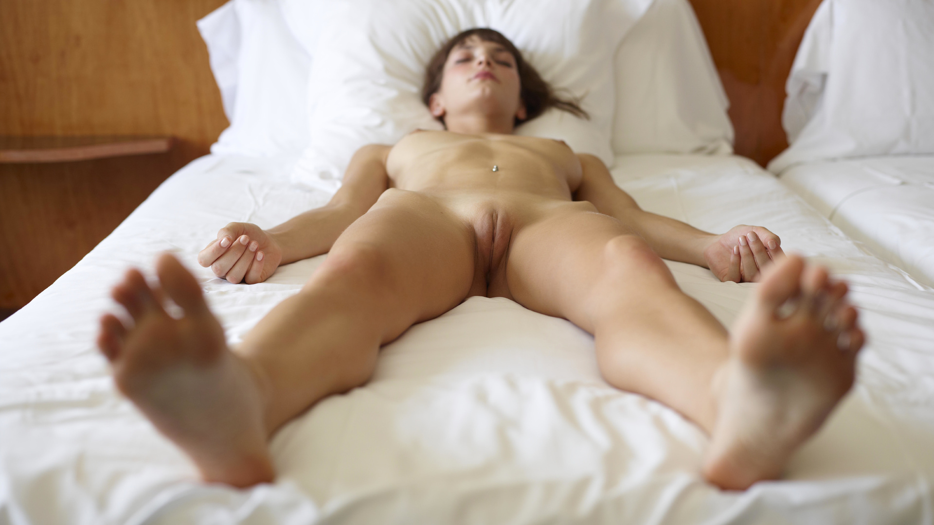 Girls having sex naked in the bed