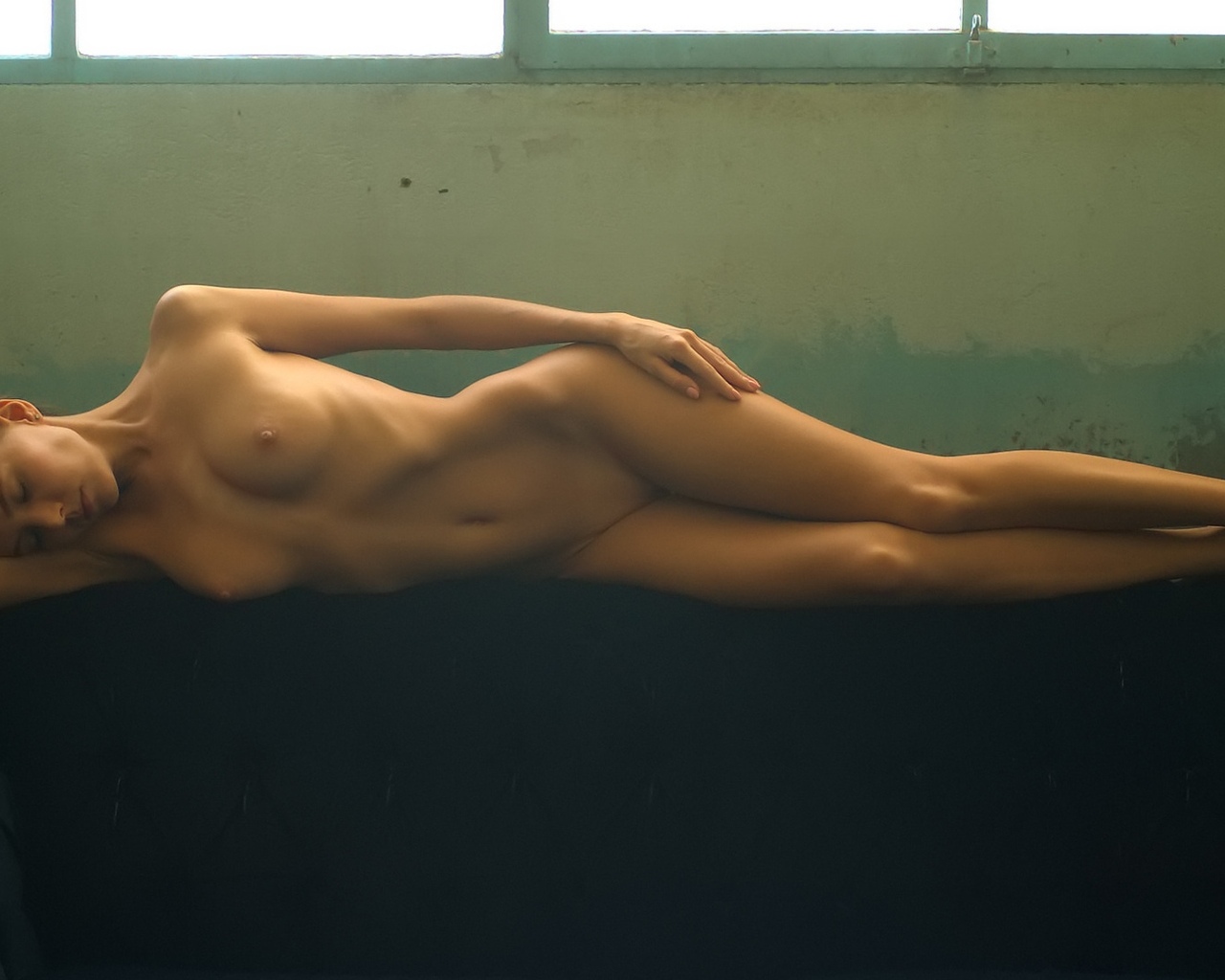 Cell phone nude