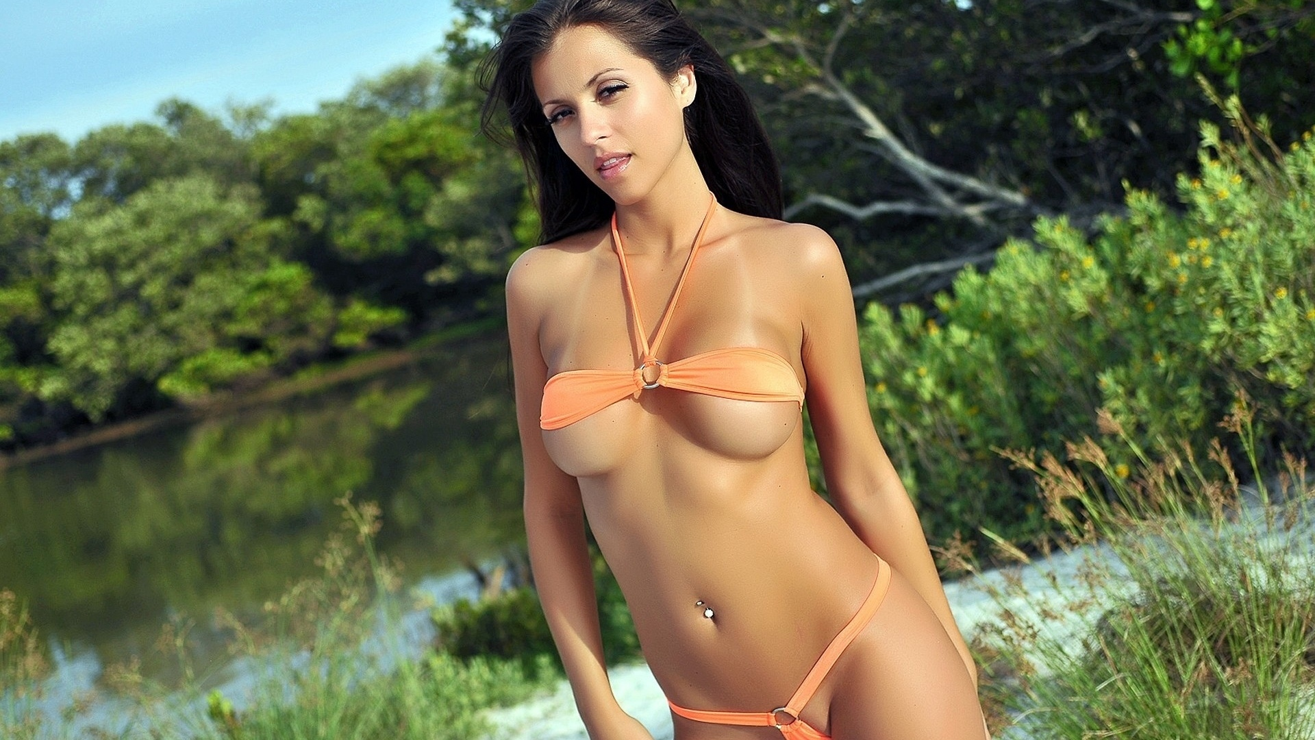 erotic-swimsuit-pictures