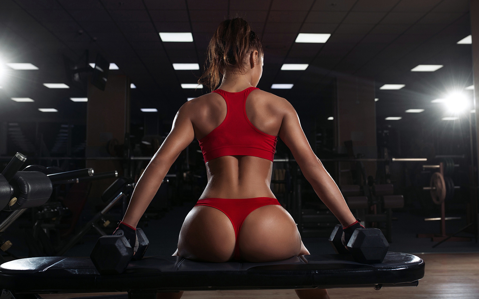 Super hot girls in the gym naked — photo 12
