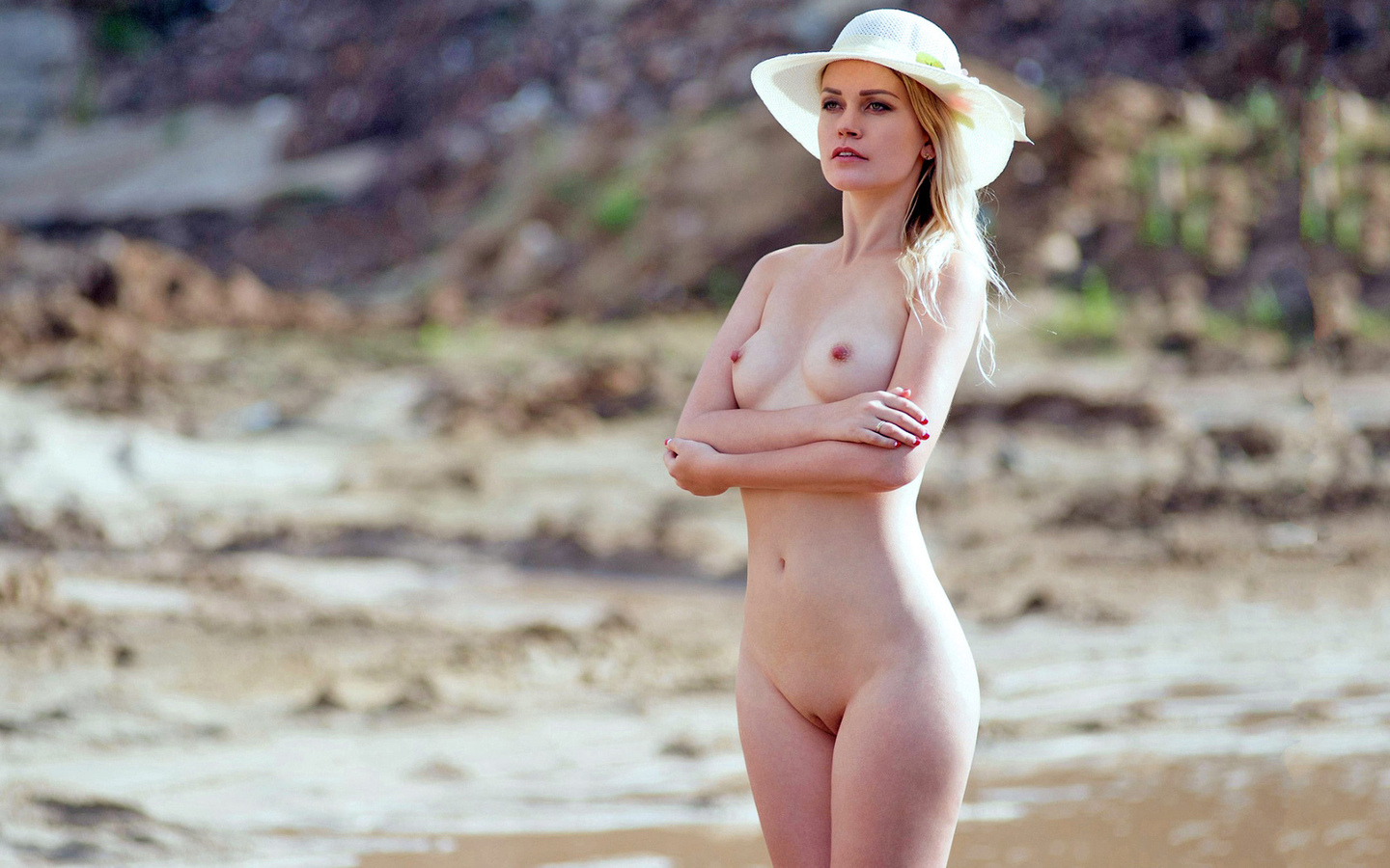 Think pink nude women