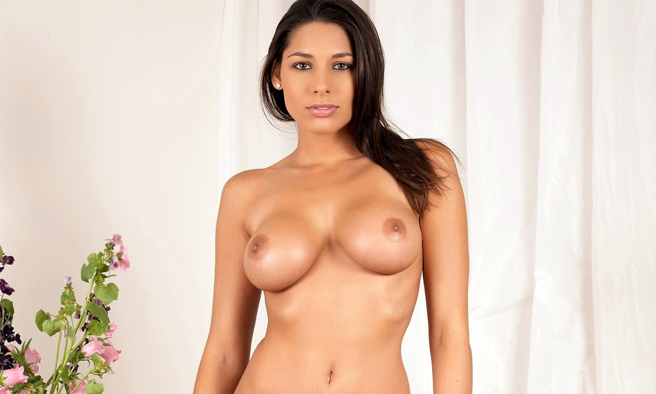 brunette, zafira, big boobs