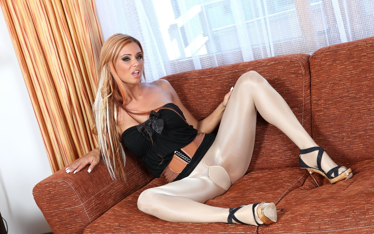 ashley bulgari, tights